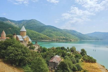 Грузия: какое волшебное море!
