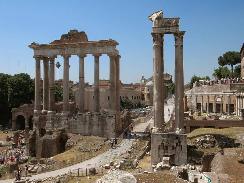 Достопримечательности Рима на фото: Храм Сатурна