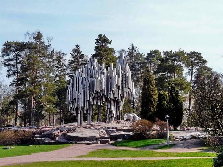 Достопримечательности: Памятник Сибелиусу