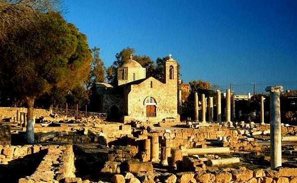 Старинная постройка на Пафосе
