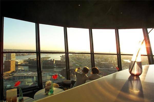 Вид с башни на панораму города