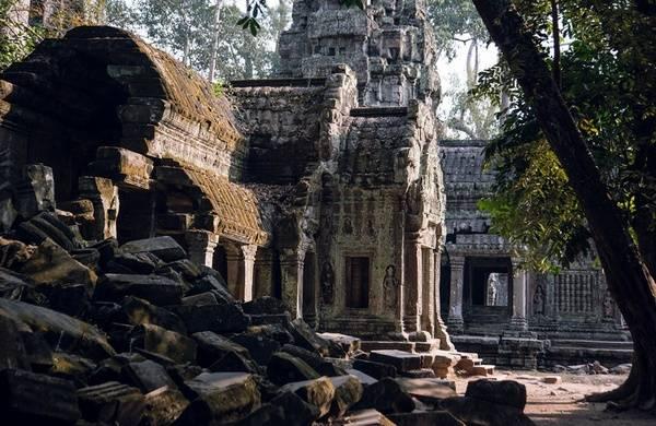 Развалины храма Ангкор-Ват