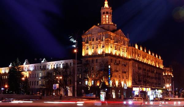 Если хотите узнать Киев – обязательно посетите Крещатик