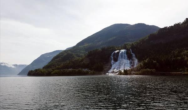 Каскад водопадов в Самаре