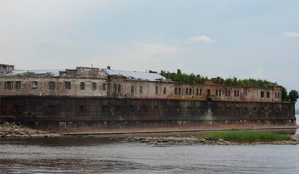 Морская крепость, чье имя на слуху у каждого – Кроншлот