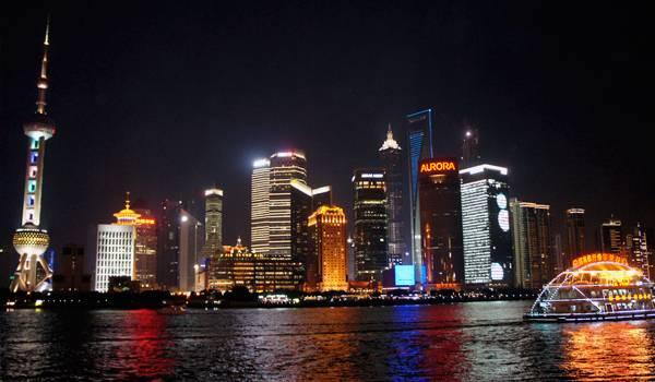 Ночью Шанхай захватит сердце любого человека