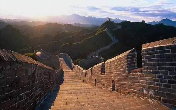 """Широкие """"улицы"""" Великой китайской Стены"""