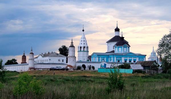 Прекрасный Бобренев женский монастырь