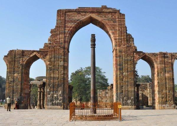 Одно из чудес на земле - Делийский столб