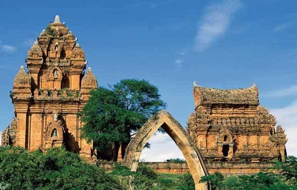 Чамские башни Фантьета, Вьетнам