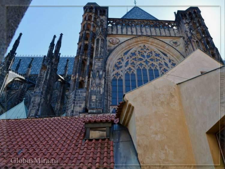 Витражи собора святого Вита