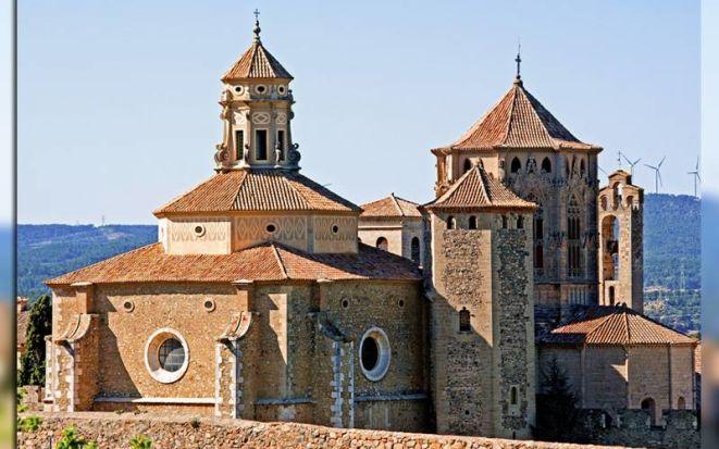 Монастырь бернардинцев Поблет: один из цистерцианского треугольника