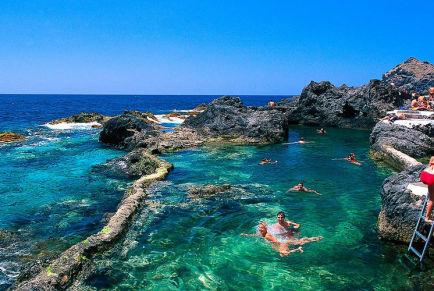 Куда поехать отдыхать в июле 2020 за границу на море без визы
