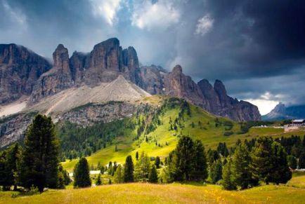 Доломитовые Альпы в Италии: отдых среди искрящегося снега