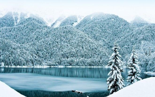 Недорогие отели с программой на Новый год 2020 в Абхазии