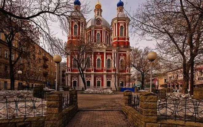 Житие святых: история храма великомученика Климента
