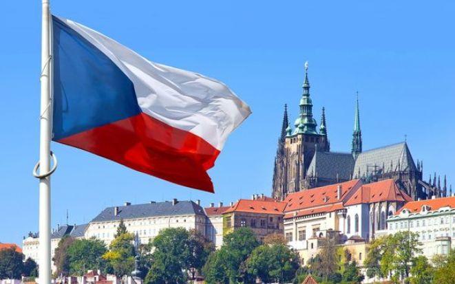 Когда Чехия откроет границу для туристов из России