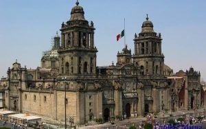 Мехико: от древних ацтеков к европейскому стилю