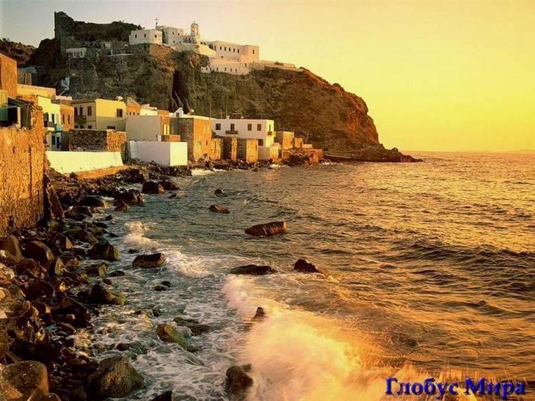 Золотой закат на Санторини Греция