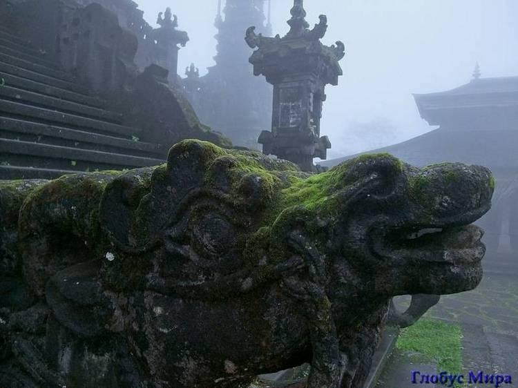 Достопримечательности Бали: Храм Пура Бесаких