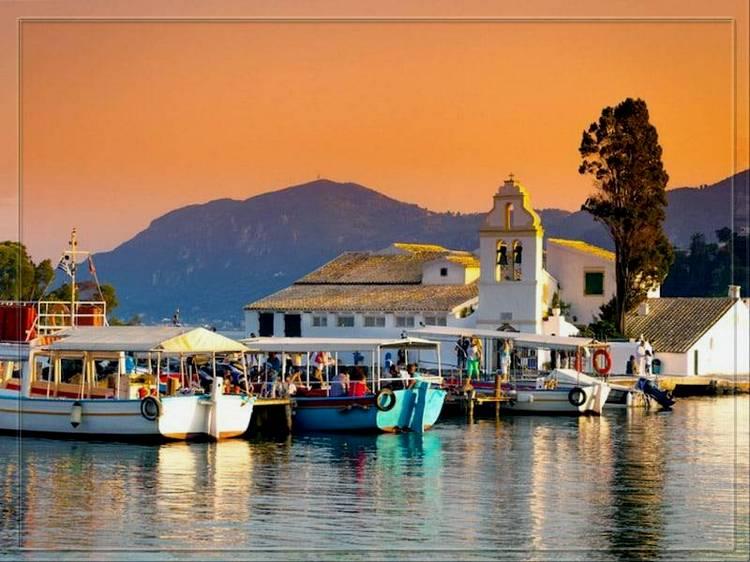 Остров Корфу на закате