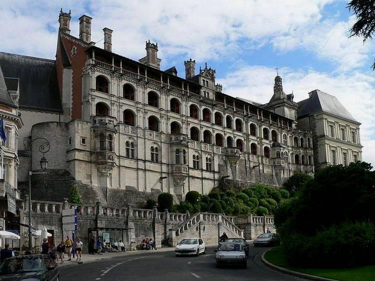 Старинные замки: замок Блуа (Франция)