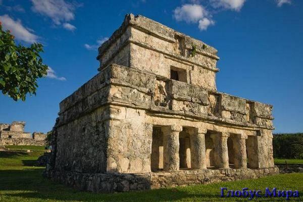 Храм фресок в Тулуме (Мексика)