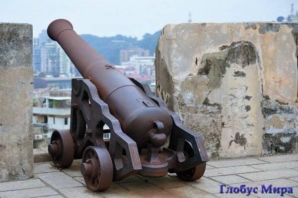 Крепость «Fortaleza do Monte»