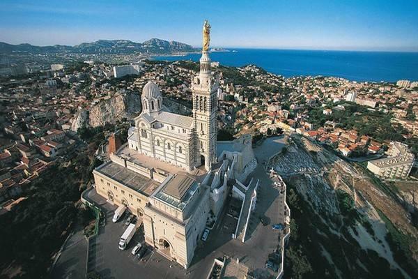 Марсель: базилика Нотр-Дам-де-ла-Гард