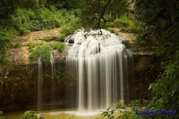 Водопад Янг-бай