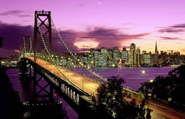 Знаменитый вид на мост