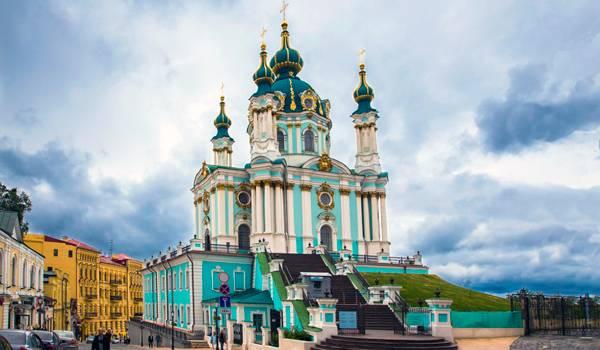Шедевральная Андреевская церковь поражает воображение