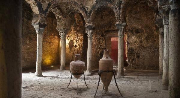 Если вы любите редкие и древние достопримечательности, то арабские бани – для вас