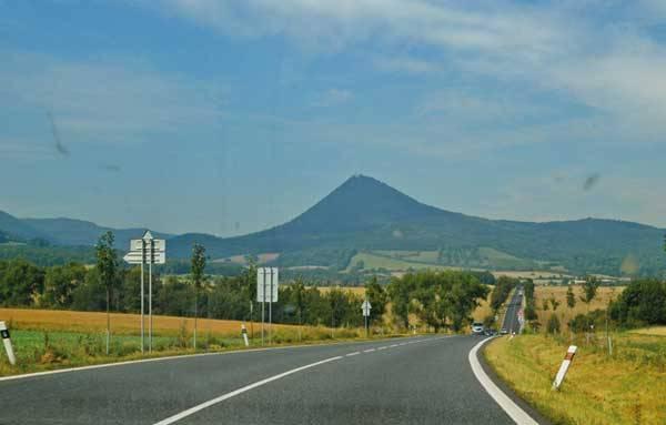 Дорога на Мельник