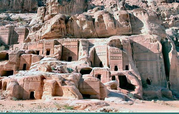 Гробницы Петры в Иордании