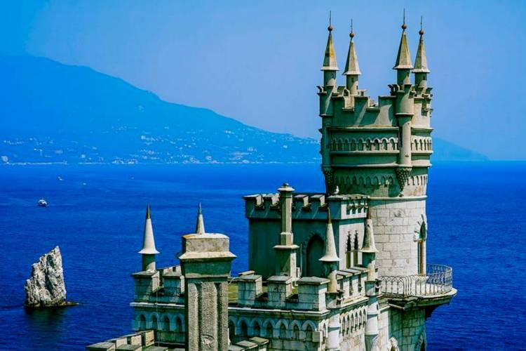 Ласточкино гнездо на Черном море