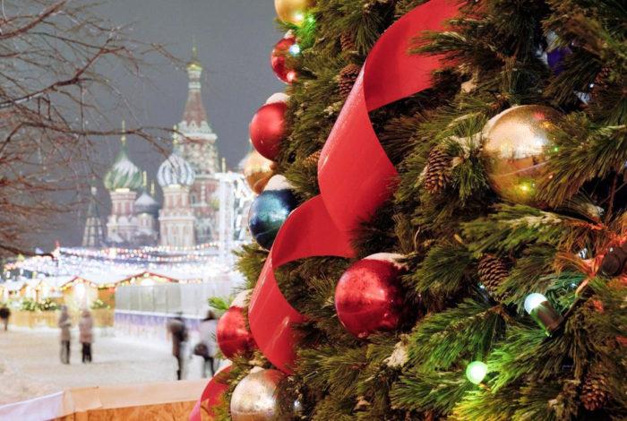 Где отметить Новый год в России недорого