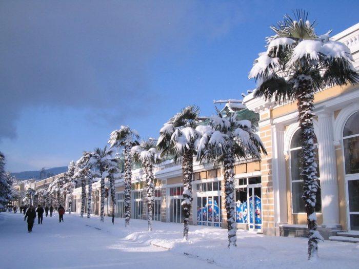Зимний отдых в новогодней Алуште