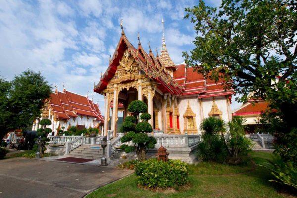 Буддийский храм Ват Чалонг