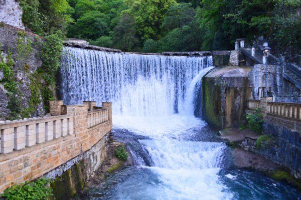 Отдых в Абхазии с детьми: куда поехать и что посмотреть