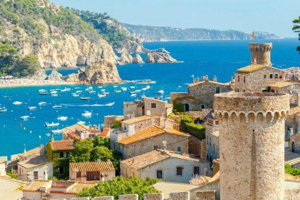 Где отдохнуть в сентябре 2020 за границей: недорого пляжный отдых без визы, с детьми (цены, фото)